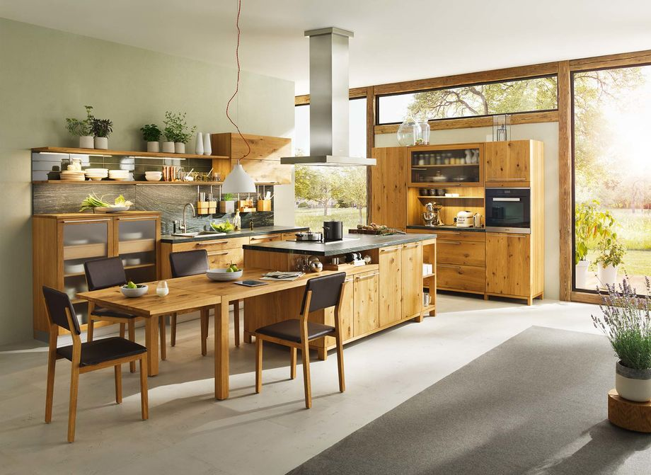 Küche Loft in Eiche wild mit Kücheninsel und Anbautisch Loft.