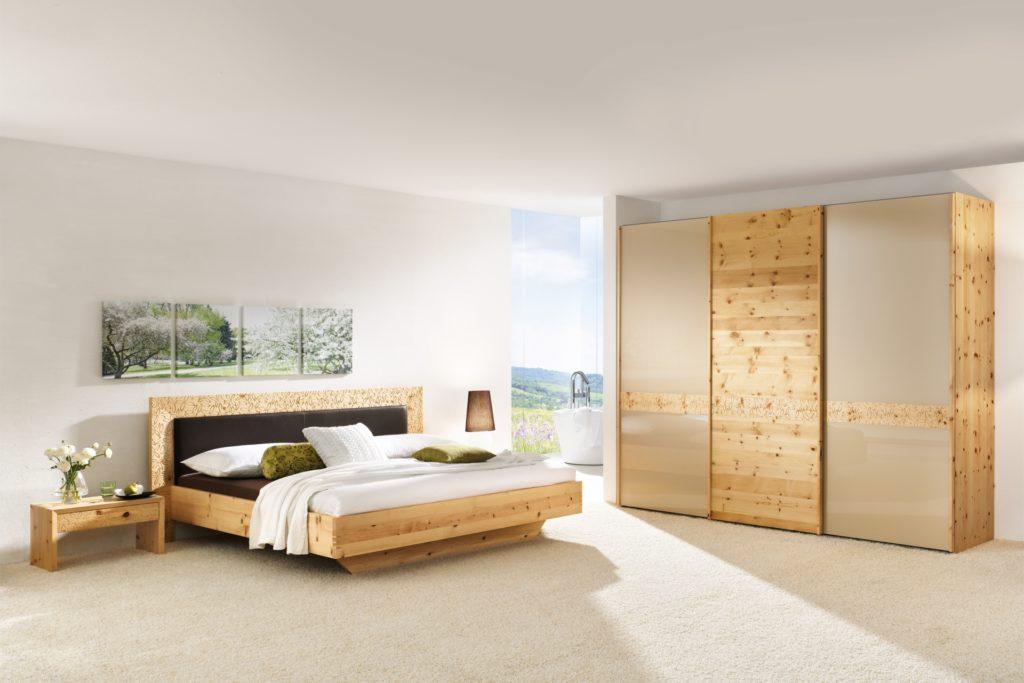 Schlafzimmer Rio mit Polster in Zirbe