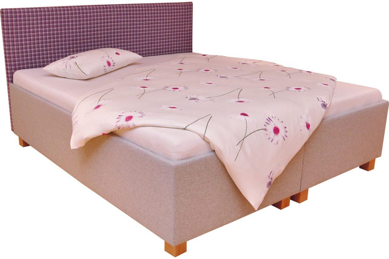 Das Bett Salzburg besteht aus einem Massivholzrahmen umgeben von Lodenstoff aus Schafschurwolle. Gepolstert mit Baumwollvlies.