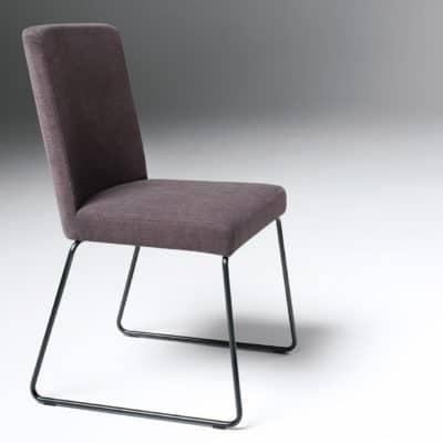 Stuhl Metro 651, Sitz- und Rückenlehne gepolstert